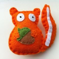 Cute Felt Squirrel Badge/Brooch