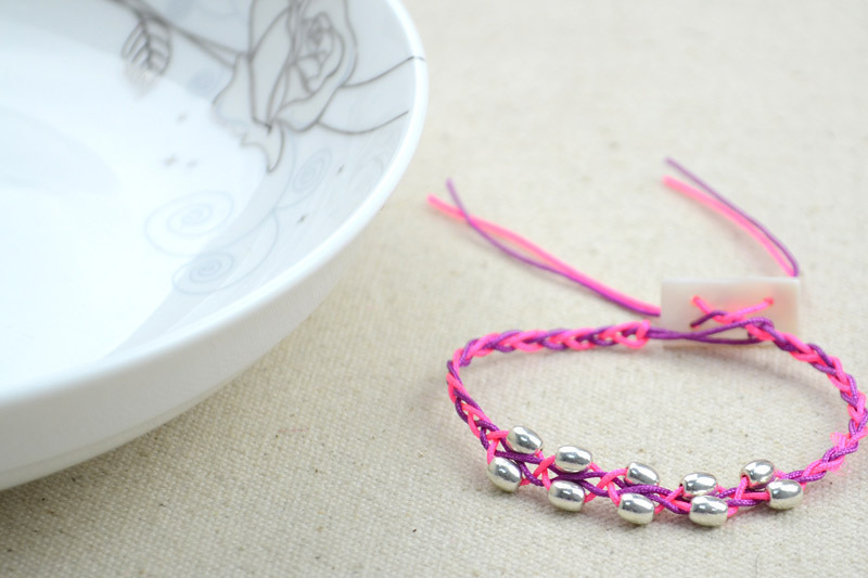 Free Crochet Bracelet Pattern With Beads · How To Braid A Braided ...