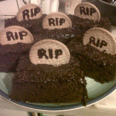 Grave Cake Pieces
