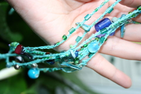 .  Braid a braided bead bracelet in under 40 minutes by beading, yarncrafting, and crocheting Inspired by gifts, summer holidays, and vintage & retro. Version posted by Nancy!. Difficulty: Simple. Cost: Absolutley free.