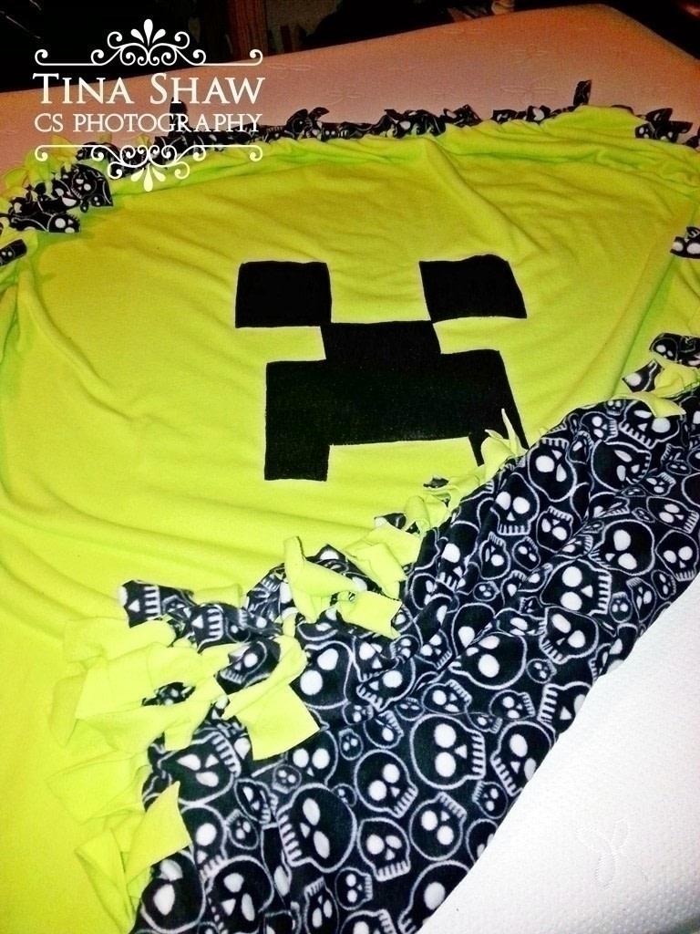 No Sew Minecraft Creeper Fleece Throw 183 How To Make A
