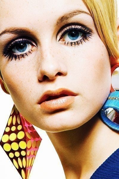 Classic Twiggy Makeup Tutorial · How To Create A Dramatic