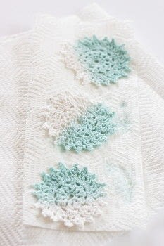 Learn how to dip dye with this easy tutorial! .  Free tutorial with pictures on how to make a doily in under 15 minutes by dyeing with water, doilies, and plastic container. How To posted by Melody M.  in the Home + DIY section Difficulty: Easy. Cost: Cheap. Steps: 5