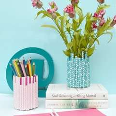 Square 108897 2f2015 05 16 190233 vase%2bwith%2bstraws1