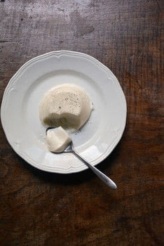 Five Quarters .  Free tutorial with pictures on how to make a panna cotta in under 45 minutes by cooking with vegetable oil, single cream, and vanilla pod. Recipe posted by Hodder & Stoughton.  in the Recipes section Difficulty: Simple. Cost: Cheap. Steps: 5