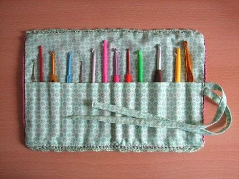 Make your hook holder with fabric and crochet .  Free tutorial with pictures on how to make a craft organizers in 6 steps by sewing and crocheting with cotton fabric, cotton thread, and cotton yarn. How To posted by Maria P.  in the Needlework section Difficulty: 3/5. Cost: 3/5.
