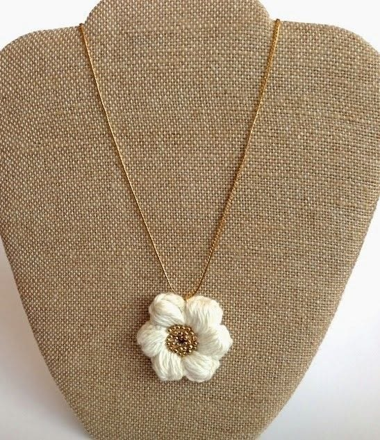 Crochet Stitch Rings Of Love : Stitch Flower Necklace ? How To Knit Or Crochet A Knit Or Crochet ...