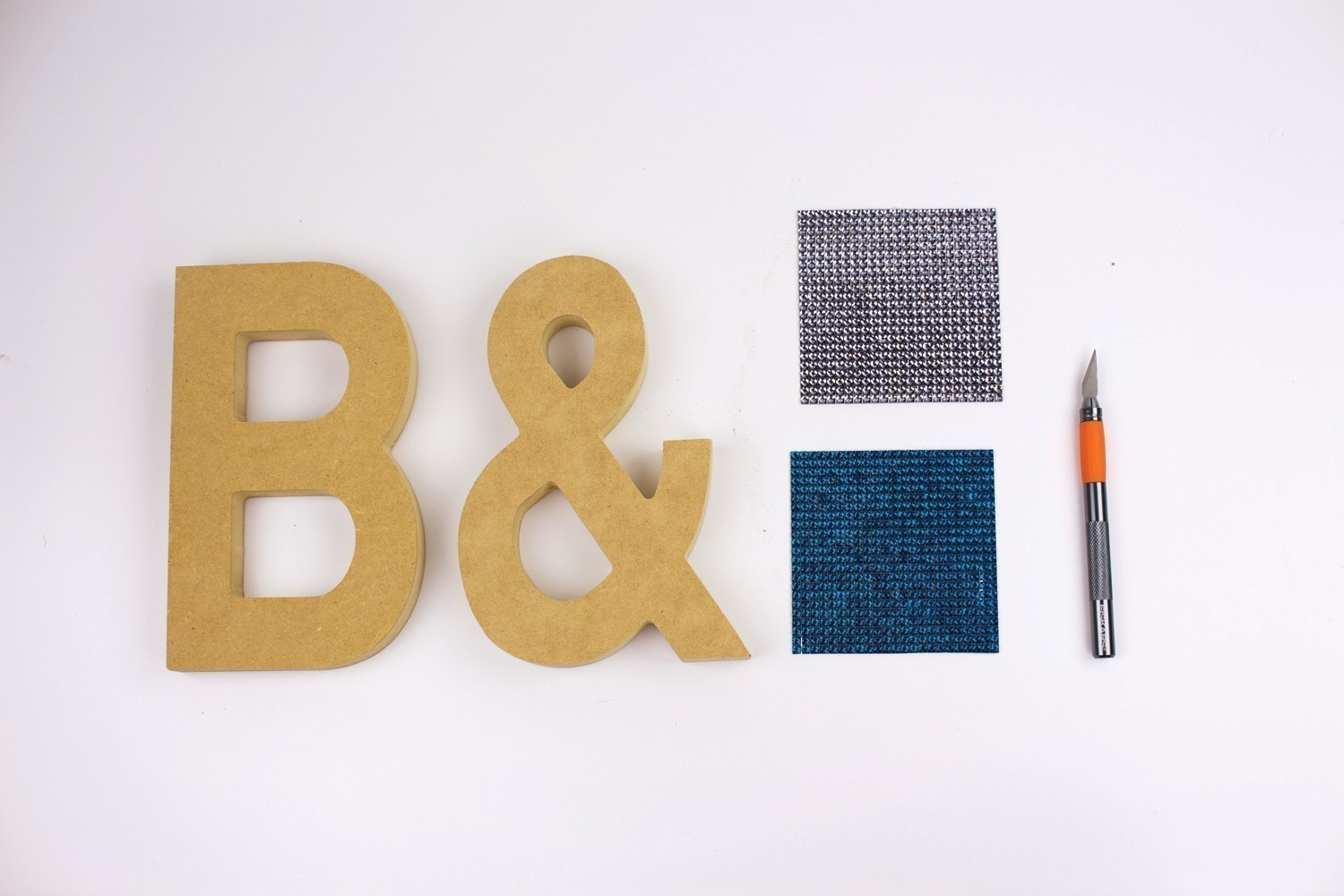 rhinestone letter bookends  u00b7 extract from diy bedroom