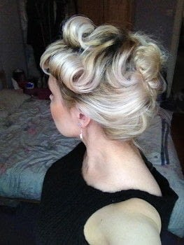 .  Style an updo hairstyle in under 15 minutes Version posted by Markee R. Difficulty: Simple. Cost: Cheap.