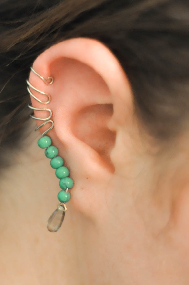 Step Up Your Ear Cuff With This Beaded Free Tutorial Pictures
