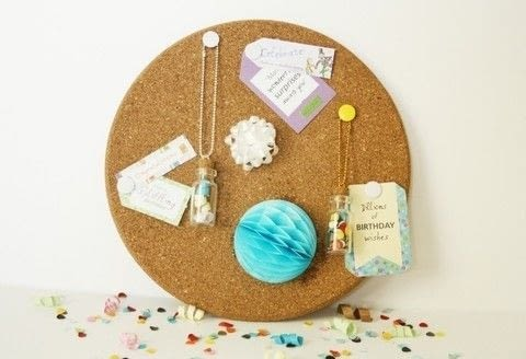 It's all about non-traditional party decorations today! .  Free tutorial with pictures on how to make a bulletin board in under 30 minutes by decorating with bulletin board, thumbtacks, and labels. How To posted by Writing M.  in the Decorating section Difficulty: Simple. Cost: 3/5. Steps: 3