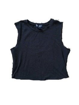 Turn a thrift store tee shirt into a trendy crop top! .  Free tutorial with pictures on how to make a crop top in under 30 minutes by sewing and dressmaking with scissors, t shirt, and seam ripper. How To posted by Lizzie B.  in the Sewing section Difficulty: Easy. Cost: Absolutley free. Steps: 3
