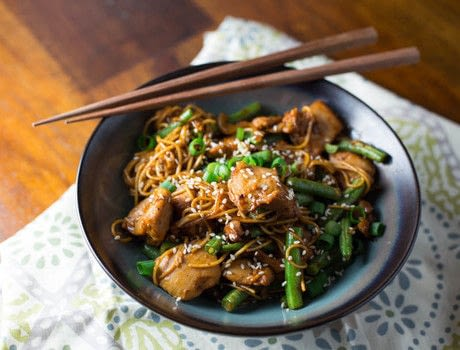 Delicious, Asian-inspired dish, on the Big Green Egg! .  Free tutorial with pictures on how to cook noodles in under 50 minutes by cooking with chicken, miso, and vegetable oil. Inspired by korean. Recipe posted by Chris S.  in the Recipes section Difficulty: 3/5. Cost: 3/5. Steps: 7