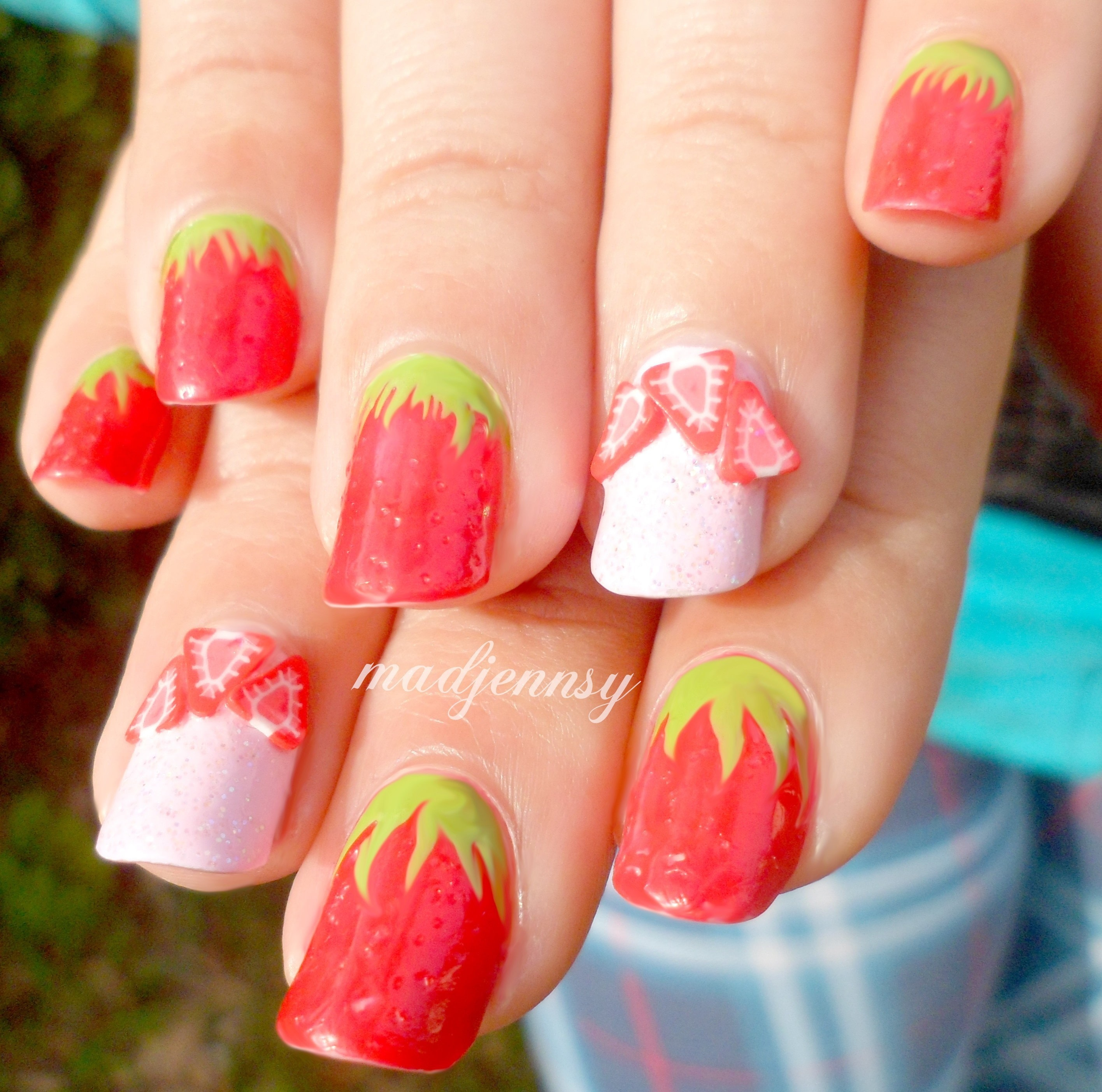 Textured Strawberry Nails How To Paint A Fruity Nail Beauty On