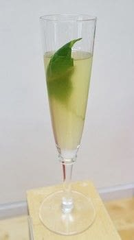 A classic Langley's No. 8 gin cocktail .  Free tutorial with pictures on how to mix a gin cocktail in under 5 minutes by mixing drinks with gin, apple juice, and elderflower liqueur. Recipe posted by Cat Morley.  in the Recipes section Difficulty: Simple. Cost: Cheap. Steps: 5
