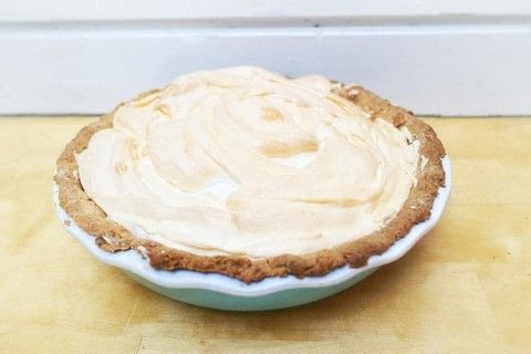 A gin infused lemon meringue pie .  Free tutorial with pictures on how to bake a lemon meringue pie in under 45 minutes by cooking and baking with flour, butter, and egg yolk. Recipe posted by Cat Morley.  in the Recipes section Difficulty: Simple. Cost: Cheap. Steps: 12