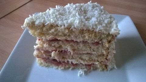 .  Free tutorial with pictures on how to bake a vanilla cake in under 90 minutes by cooking, baking, and cake decorating with self-raising flour, baking powder, and salt. Recipe posted by Super Madcow.  in the Recipes section Difficulty: 3/5. Cost: Cheap. Steps: 21