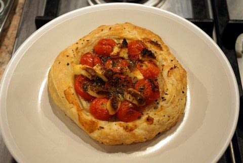 A quick and easy starter .  Free tutorial with pictures on how to cook a tomato pie in under 30 minutes using sea salt, black pepper, and puff pastry. Recipe posted by Jane W.  in the Recipes section Difficulty: Easy. Cost: Cheap. Steps: 3