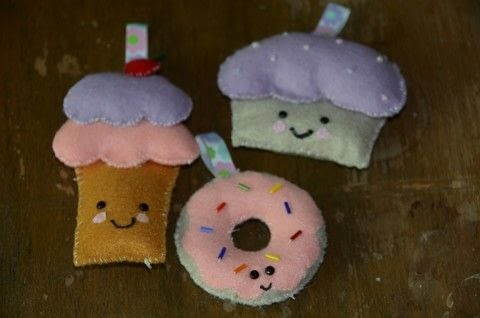Ice cream cupcake and donut ornament .  Make a food plushie in under 30 minutes using felt, thread, and needle. Inspired by kawaii and food. Creation posted by rhino1.  in the Sewing section Difficulty: Easy. Cost: Absolutley free.