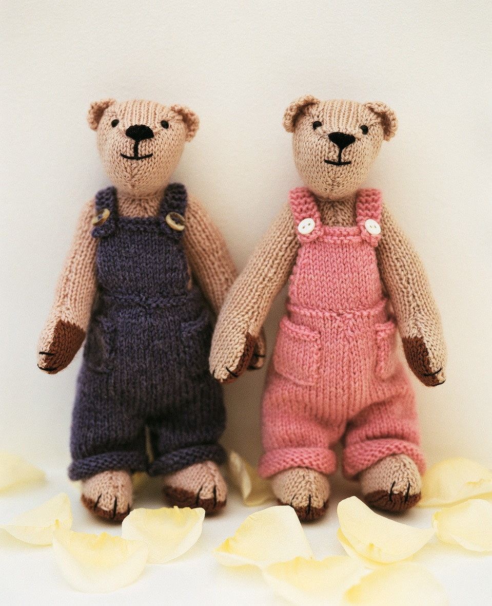 Knitted Teddy Bear Pattern Books : Christopher & Rosie Teddy Bear ? Extract from The Knitted Teddy Bear by S...