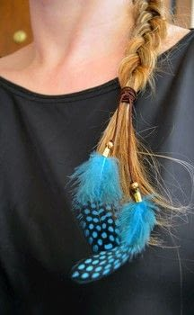 Make a boho chic feather hair tie .  Free tutorial with pictures on how to make a feather hair clip in under 10 minutes by jewelrymaking with feathers, elastic cord, and cord ends. How To posted by ntina.ntonti.  in the Jewelry section Difficulty: Easy. Cost: Cheap. Steps: 7