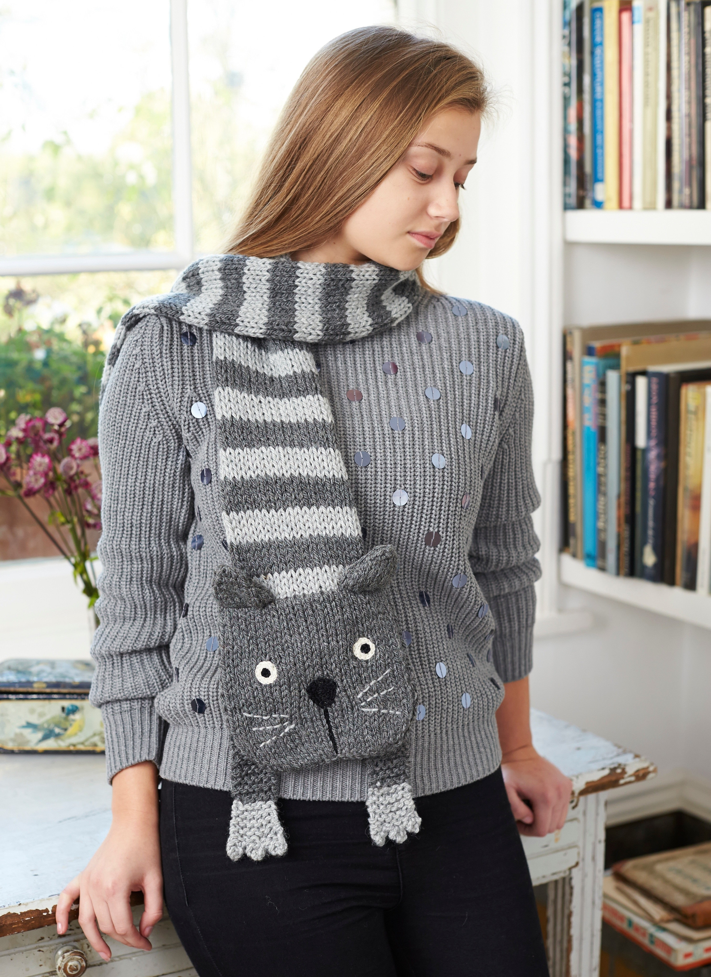 Tabby Cat Scarf · Extract from Knitted Animal Scarves, Mitts, and ...