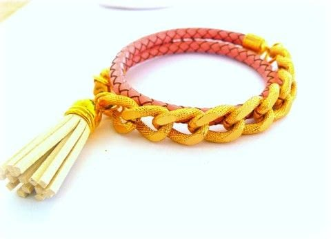 Make a beautiful wrap bracelet with leather and chain .  Free tutorial with pictures on how to make a chain bracelet in under 20 minutes by jewelrymaking with cord, cord ends, and lobster clasp. How To posted by ntina.ntonti.  in the Jewelry section Difficulty: Simple. Cost: 3/5. Steps: 7