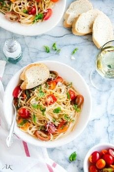 Simple, and fresh, done in just 15 minutes! .  Free tutorial with pictures on how to cook a linguine in under 15 minutes by cooking with linguine, cherry tomatoes, and basil. Recipe posted by Aberdeen G.  in the Recipes section Difficulty: Easy. Cost: Cheap. Steps: 3