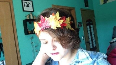 A cute accessory for Fall! .  Free tutorial with pictures on how to make a tiara / crown in under 10 minutes using hair band, hot glue, and fake leaves. How To posted by Cheryl .  in the Decorating section Difficulty: Easy. Cost: Absolutley free. Steps: 1