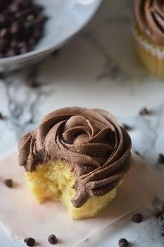Medium 110995 2f2015 09 12 224034 chocolate%2bganache%2bcupcakes%2b7