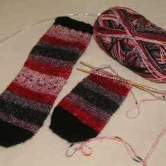 Easy Socks For Semi Beginners