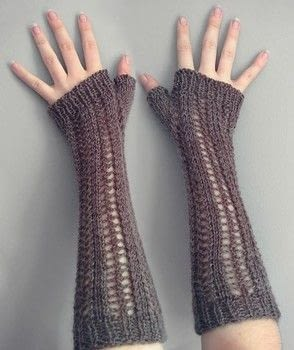 Cozy and sweet! .  Free tutorial with pictures on how to stitch a knit or crochet glove in 6 steps by yarncrafting and knitting with sport weight yarn, yarn, and circular knitting needles. How To posted by Jessica.  in the Yarncraft section Difficulty: Simple. Cost: Cheap.