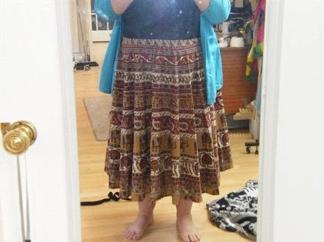 With a minimum of sewing skills you can have a perfectly hemmed circular skirt in no time at all .  Make a circle skirt in under 90 minutes using table cloth, elastic, and skirt. Inspired by indian. Creation posted by Mo.  in the Sewing section Difficulty: Simple. Cost: Cheap.