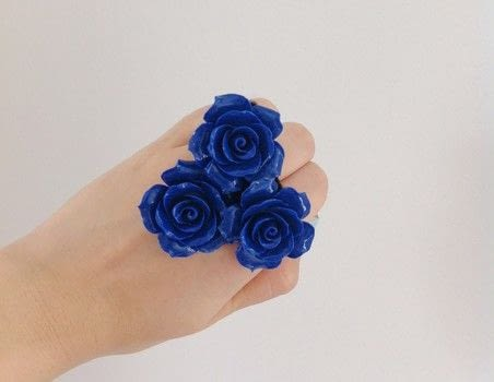 #whereDIYmeetstherunway .  Free tutorial with pictures on how to make a bracelet in under 5 minutes by jewelrymaking with felt, glue, and cord. Inspired by designer, flowers, and roses. How To posted by Zen Z.  in the Jewelry section Difficulty: Easy. Cost: Absolutley free. Steps: 4