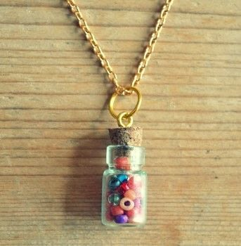 .  Free tutorial with pictures on how to make a vial in under 15 minutes by jewelrymaking with jewlery pliers, bottle, and necklace chain. How To posted by Adventures and Tea Parties.  in the Jewelry section Difficulty: Easy. Cost: 3/5. Steps: 3