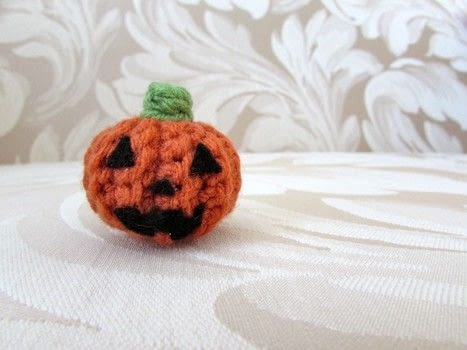 Crochet Jack-o'-Lantern .  Free tutorial with pictures on how to make a pumpkin plushie in under 20 minutes by crocheting, amigurumi, and hand sewing with crochet hook, felt, and worsted yarn. Inspired by halloween and pumpkins. How To posted by Emma F.  in the Yarncraft section Difficulty: Easy. Cost: No cost. Steps: 10