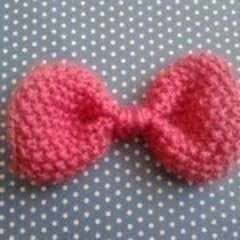 Seed Stitch Knitted Bow