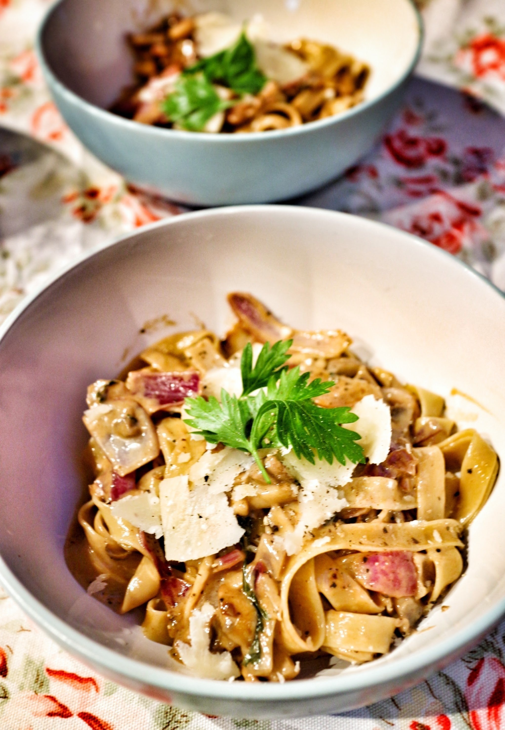 Mushroom Red Onion Amp Parsley Tagliatelle 183 How To Cook A Tagliatelle 183 Recipes On Cut Out Keep