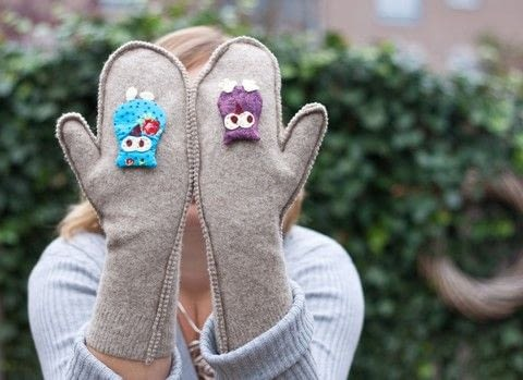 Warm easy mittens  .  Free tutorial with pictures on how to make mittens in under 60 minutes by sewing with sweater, needle & thread, and edging scissors. Inspired by owls. How To posted by Marysia T.  in the Sewing section Difficulty: Easy. Cost: Absolutley free. Steps: 4