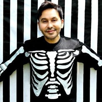 Make a Skele-Tee for Halloween! .  Free tutorial with pictures on how to embellish a t-shirt in under 120 minutes by stencilling with cardboard, iron, and freezer paper. How To posted by Mark Montano.  in the Art section Difficulty: 3/5. Cost: Cheap. Steps: 3