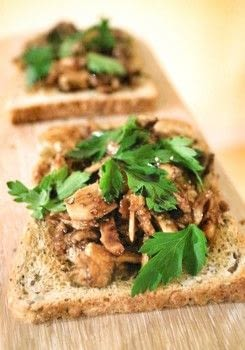 Nutty mushrooms on toast with a creamy soy sauce & parsley! .  Free tutorial with pictures on how to cook a sandwich in under 10 minutes by cooking with mushrooms, butter, and sliced almonds. Recipe posted by Cat Morley.  in the Recipes section Difficulty: Simple. Cost: Cheap. Steps: 6