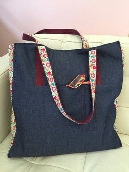The Ultimate Shopping Bag for all those extras! .  Free tutorial with pictures on how to sew a pocket tote  in under 180 minutes by sewing and patchworking with fabric, thread, and fabric. How To posted by Lauren G.  in the Needlework section Difficulty: Simple. Cost: No cost. Steps: 16