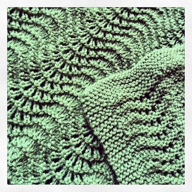 Knitting Or Crocheting A Blanket : Fan and feather baby blanket � how to stitch a knit or