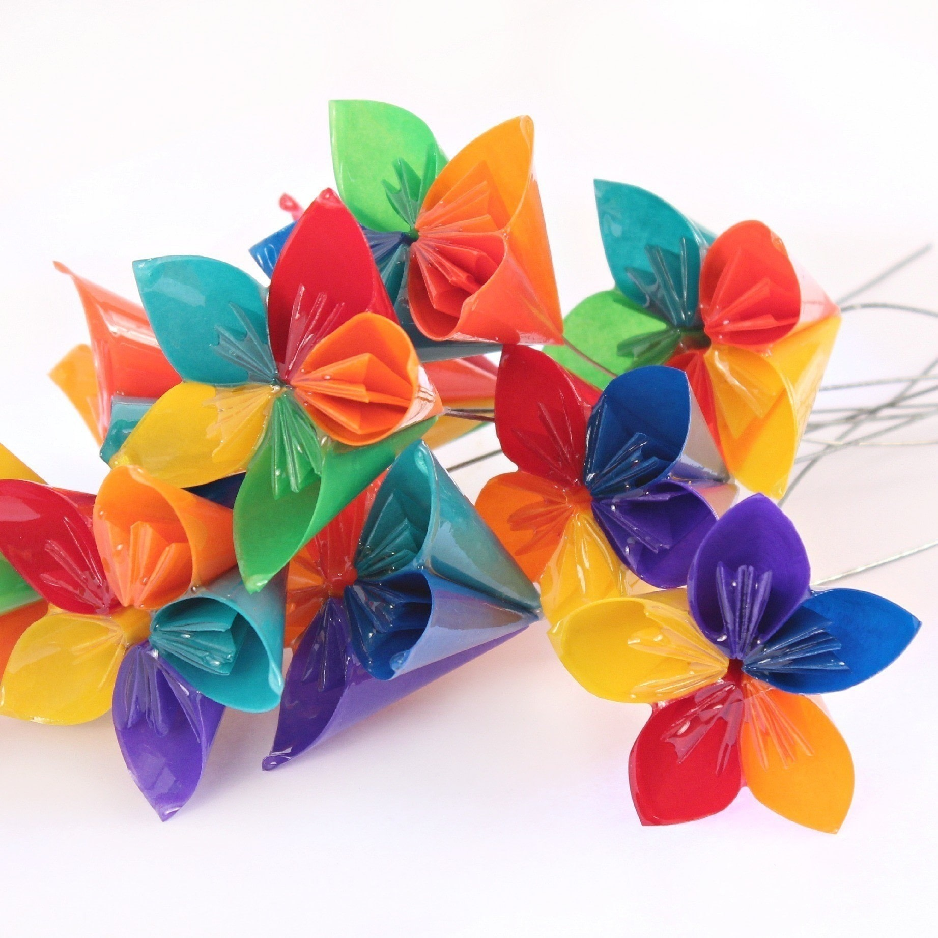 Resin flowers how to make a bouquet papercraft on cut out keep make your paper flowers last forever free tutorial with pictures on how to make izmirmasajfo