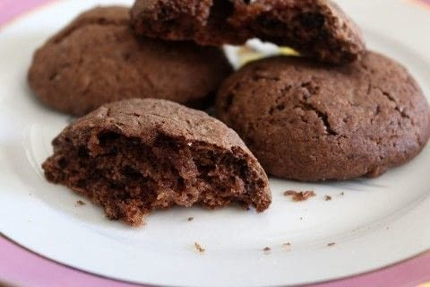 Melt in your mouth yumminess!!!! .  Free tutorial with pictures on how to bake a chocolate cookie in under 35 minutes by cooking and baking with egg, butter, and cup. Recipe posted by Akamatra.  in the Recipes section Difficulty: Simple. Cost: 3/5. Steps: 8