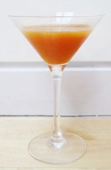 A sweet martini perfect for Autumn .  Free tutorial with pictures on how to mix a pumpkin martini in under 5 minutes by mixing drinks with gin, pumpkin puree, and simple syrup. Inspired by pumpkins. Recipe posted by Cat Morley.  in the Recipes section Difficulty: Simple. Cost: Cheap. Steps: 5