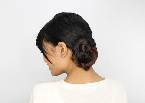 DIY Updos, Knots, and Twists .  Free tutorial with pictures on how to style a braided bun in under 5 minutes by hairstyling with wide tooth comb, elastic band, and bobby pin. How To posted by FW Media.  in the Beauty section Difficulty: Simple. Cost: No cost. Steps: 5