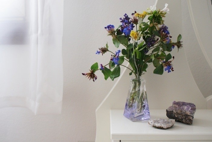 Perfume Bottle As Flowers Vase Diy How To Make A Vase Home