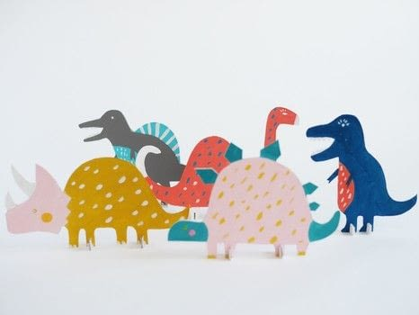 RAORRRRR DINO'S .  Free tutorial with pictures on how to make a paper model in under 30 minutes by papercrafting with templates, cardboard, and scissors. Inspired by dinosaurs. How To posted by La maison de Loulou.  in the Papercraft section Difficulty: Easy. Cost: Absolutley free. Steps: 3