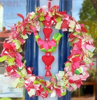 Make this wool felt and cotton Christmas wreath in a weekend! .  Free tutorial with pictures on how to make a fabric wreath in 5 steps by needleworking, embroidering, and machine sewing with wire ring, fabrics, and ribbons. Inspired by christmas and birds. How To posted by Briony A.  in the Sewing section Difficulty: Simple. Cost: 3/5.